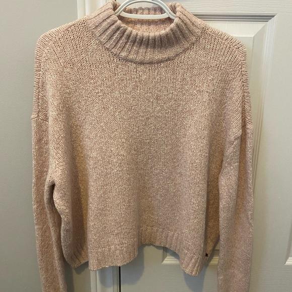 American Eagle Turtleneck Sweater (light pink)